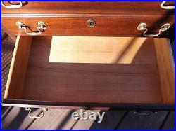 HENKEL HARRIS Solid Mahogany 4 Drawer Chairside Accent Chest #5417 Nightstand