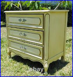 Large Antique/Vtg Henry Link French Provincial Wood Chest of Drawers Nightstand