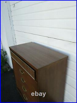 Mid Century Modern Chest of Drawers by Bassett Furniture 9525