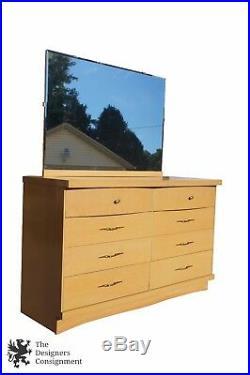 Vintage Bassett Furniture Chest Six Drawers Vanity Dresser with Mirror Bedroom